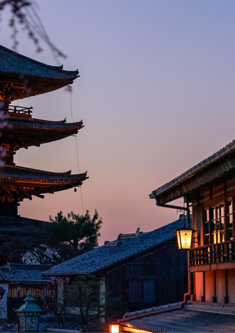京都の五重塔の画像